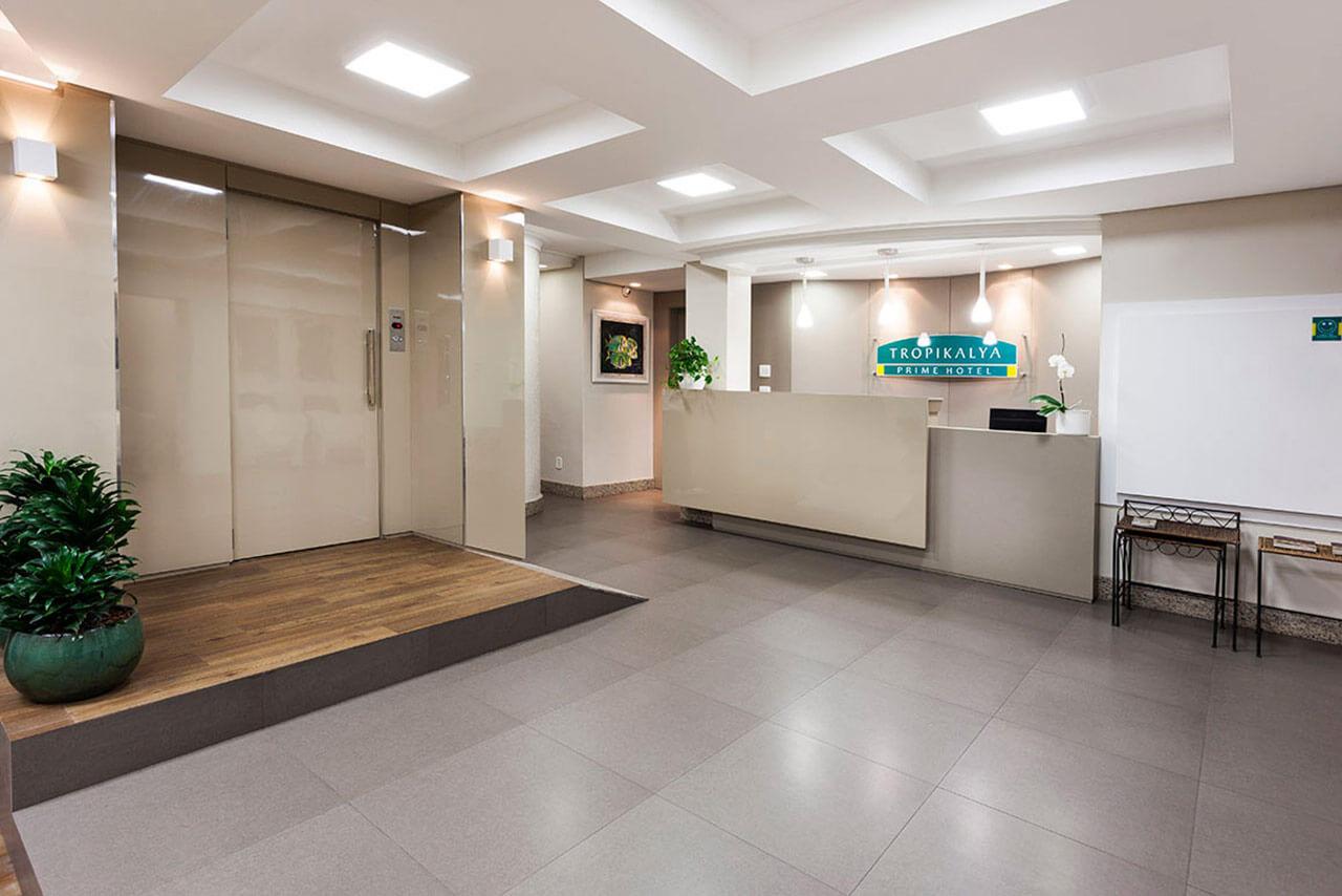 Foto Recepción Tropikalya Prime Hotel
